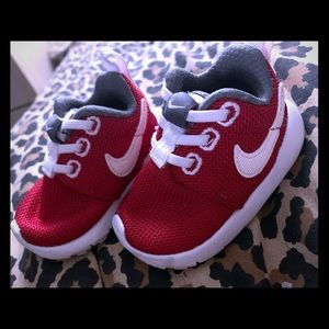Red Nikes 2c
